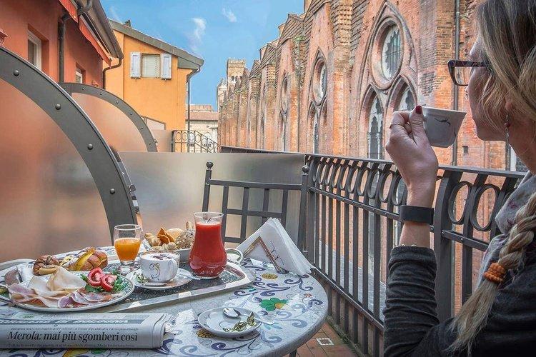 Terrazza  art hotel commercianti bologna