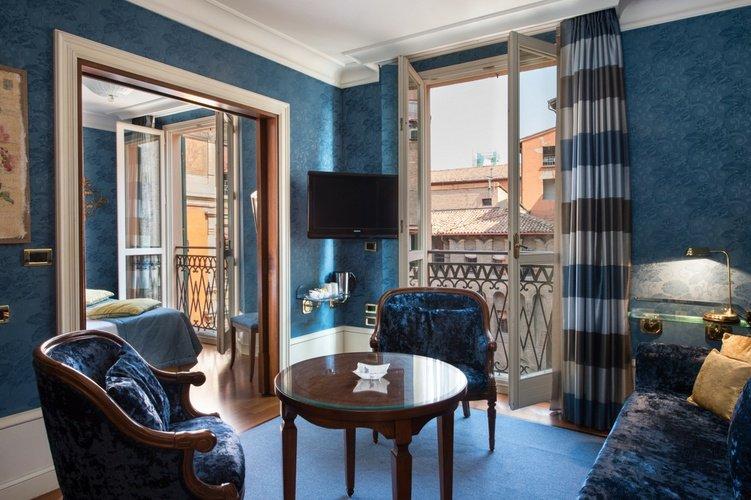Balcone Art Hotel Orologio Bologna, Italia