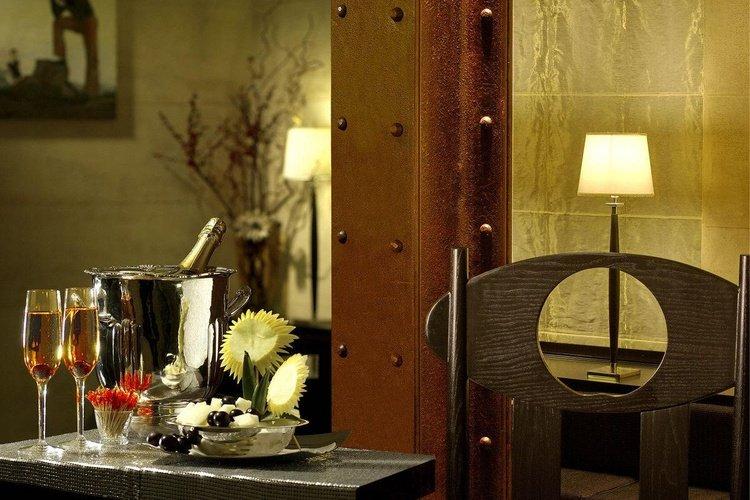 Servizi  art hotel novecento bologna
