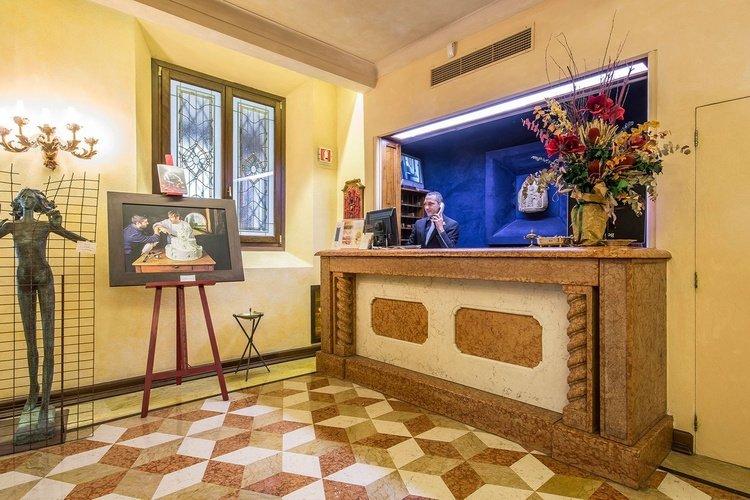 Ricezione  art hotel commercianti bologna