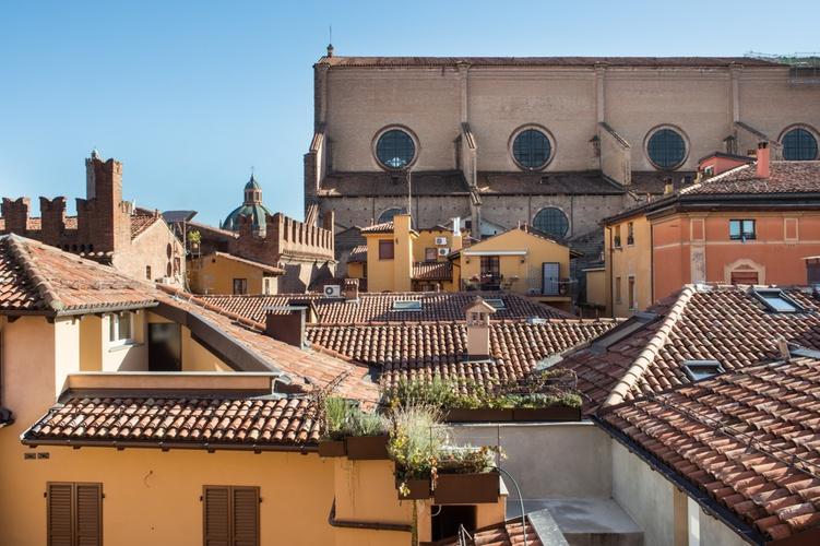 Vista panoramica  art hotel orologio bologna