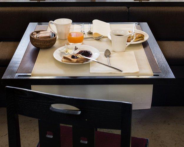 Buffet Colazione  Art Hotel Novecento Bologna, Italia