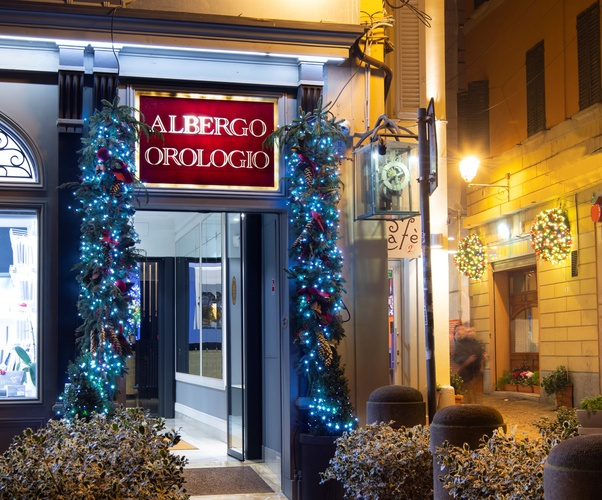 Ingresso  art hotel orologio bologna